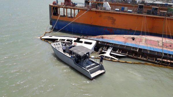 161116-satkamla-kapal-tenggelam-3