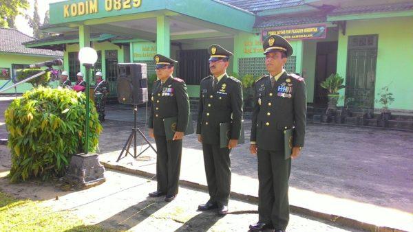 2-kasdim-0829-bangkalan-melepas-prajurit-terbaiknya-pindah-satuan-a