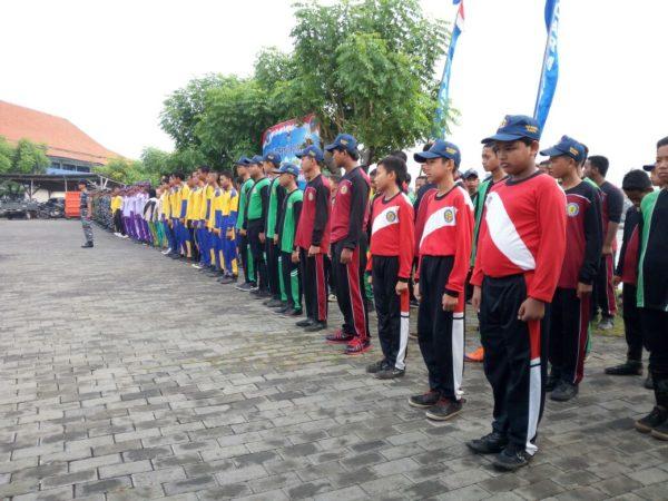 5-personel-kamal-bangkalan-hadiri-apel-bersih-bersih-pantai-kamal-d
