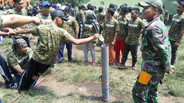 66-yonzipur-10-kostrad-latih-team-building-telkom-group-2
