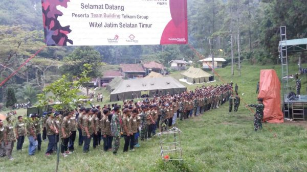 66-yonzipur-10-kostrad-latih-team-building-telkom-group-3