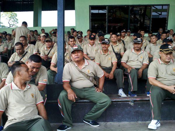 8-anggota-kodim-bangkalan-suporter-ps-korem-084-vs-ps-512-5