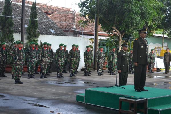 danramil-080403-panekan-pimpin-upacara-peringatan-hari-pahlawan-10-november-2016-5