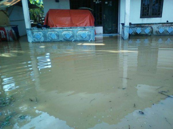 hujan-deras-akibatkan-bencal-banjir-di-wilayah-koramil-3
