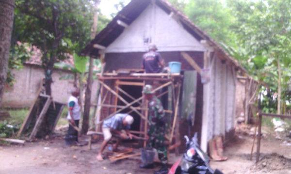 peranan-koramil-081415-sebagai-satuan-territorial-dalam-membantu-kesulitan-rakyat-5