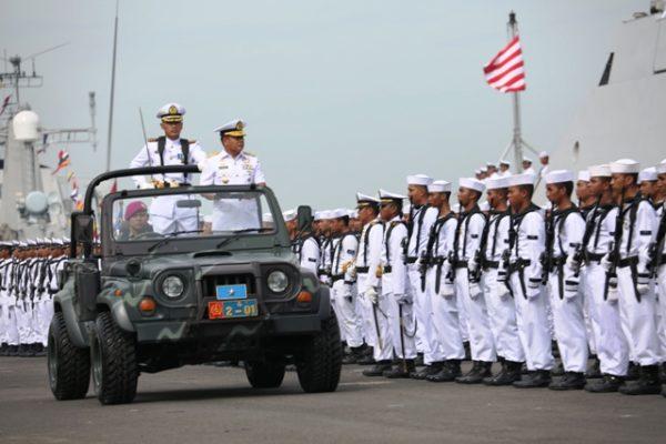 05-kasarmartim-pimpin-upacara-hari-armada-di-koarmatim-2