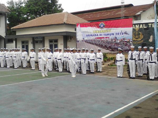 051216-tgl-hut-armada-2