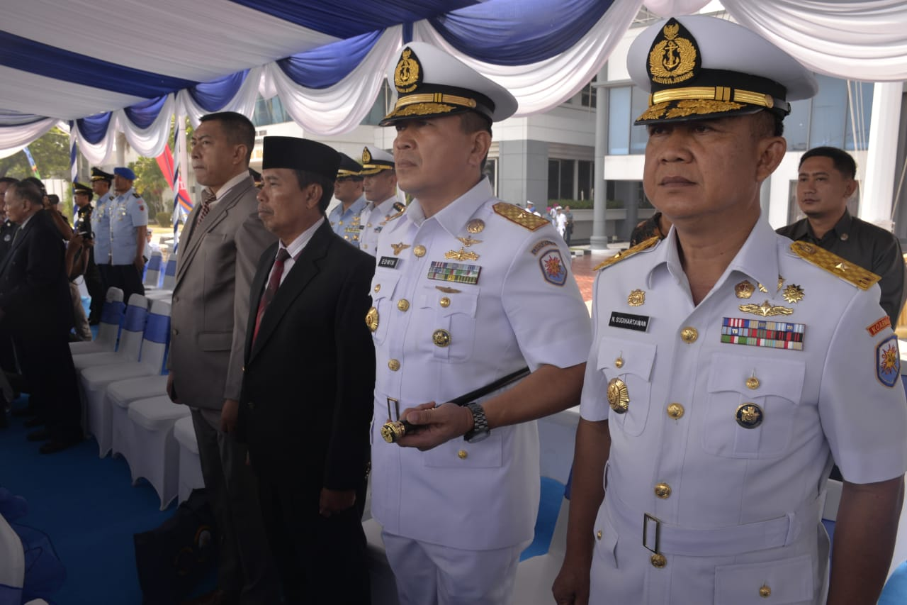 Komandan Lantamal V Hadiri Sertijab Pangkoarmada ll,Dankodiklatal dan Gubernur AAL